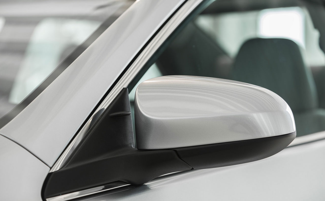 2016 toyota camry exterior mirror light