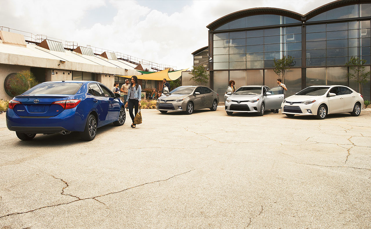 2016 toyota corolla line up