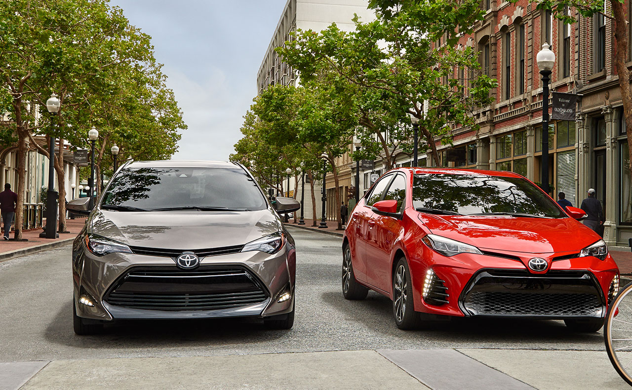 2017 toyota corolla exterior tan red front