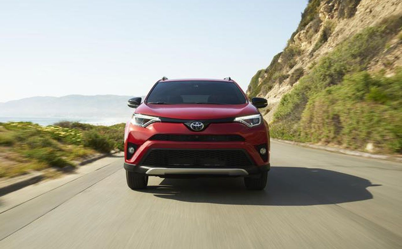 2017 toyota for front red grille