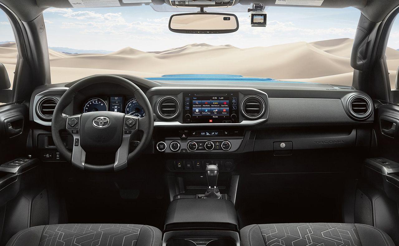 2017 toyota tacoma exterior v6 4x4 rear