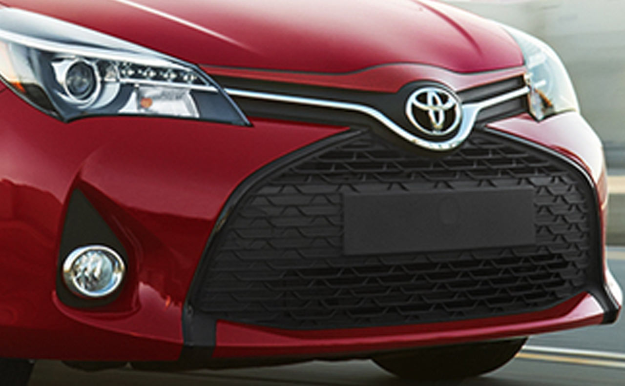 2017 toyota yaris exterior red grille headlights