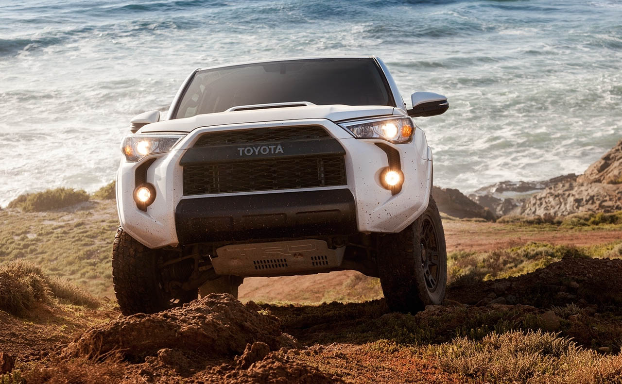 2018 toyota 4runner exterior white front grille