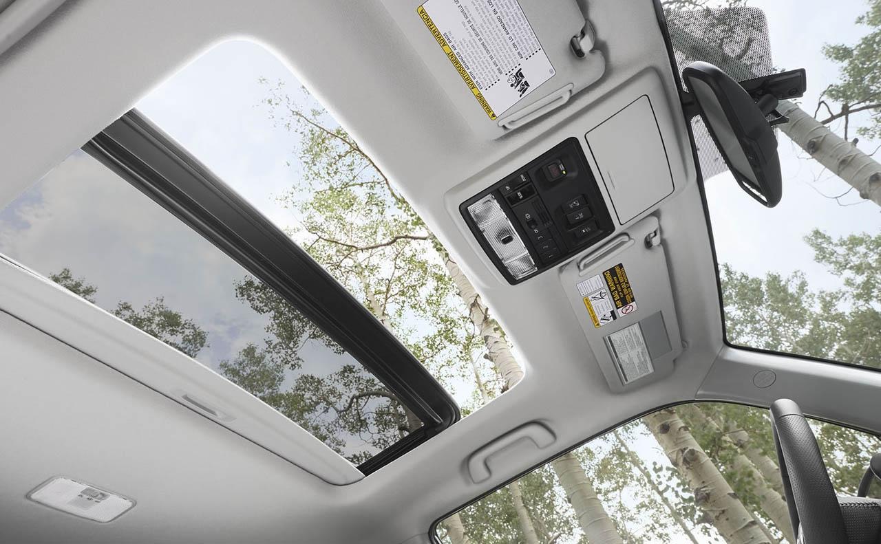 2018 toyota 4runner exterior white passenger tires