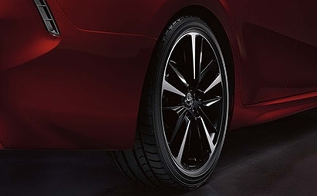 2018 toyota camry exterior wheels