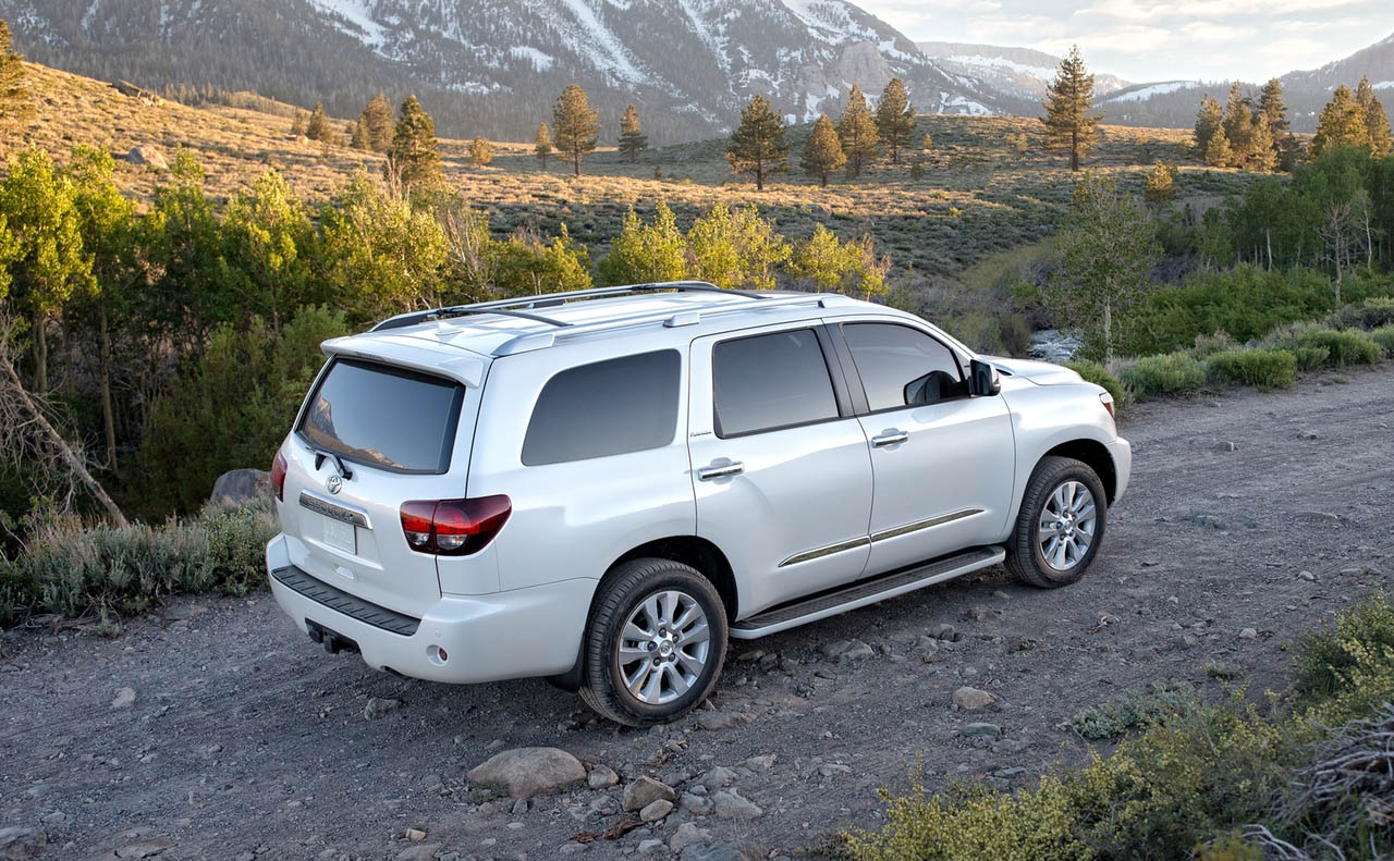 2018 toyota sequoia exterior white rims luggage+rack