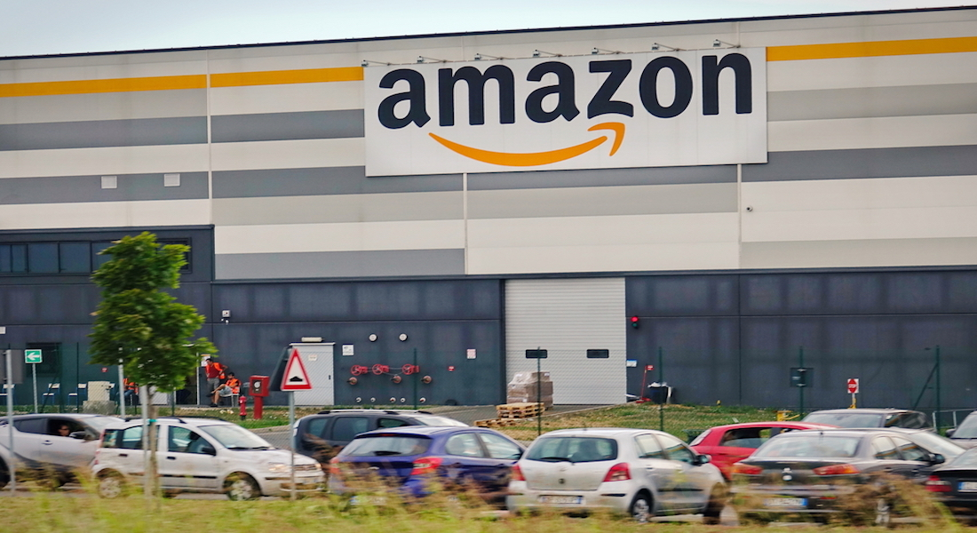 Amazon Raises Its Minimum Wage To $15