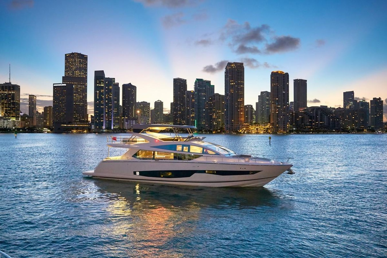 2018 Pearl 80 Yacht For Sale