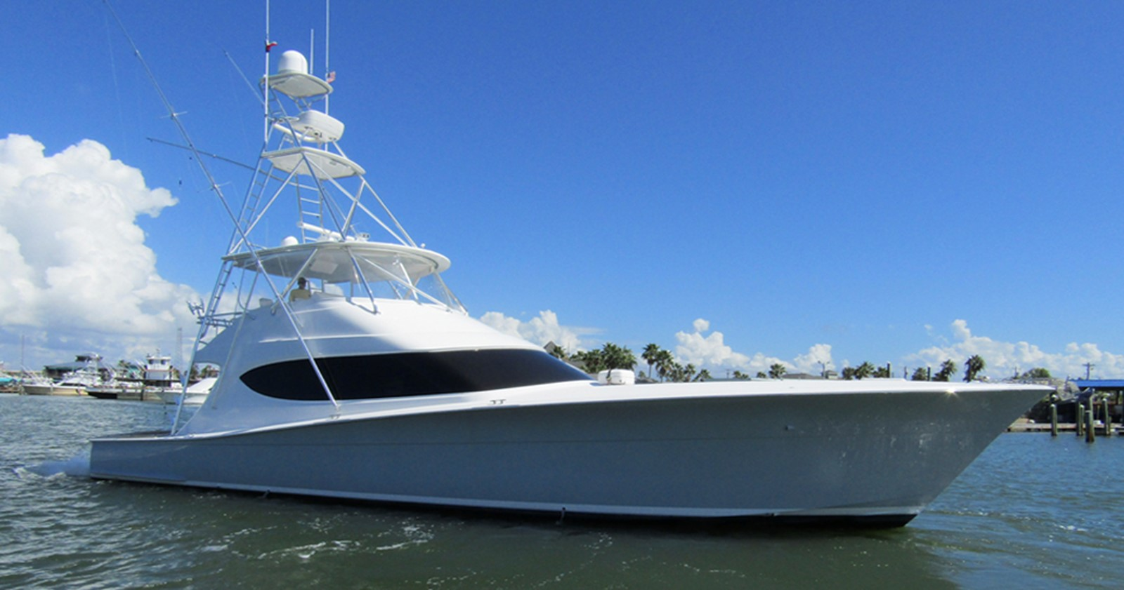 2014 HATTERAS 63 GT For Sale