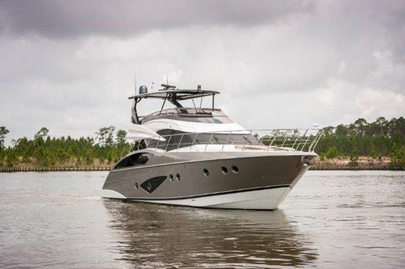 2013 MARQUIS 63 Sport Yacht For Sale