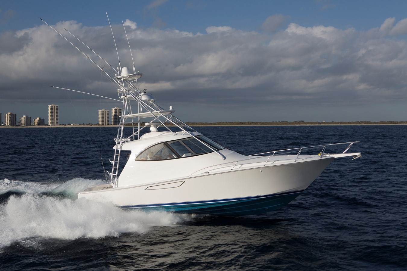 2019 VIKING 42 Sport Tower For Sale