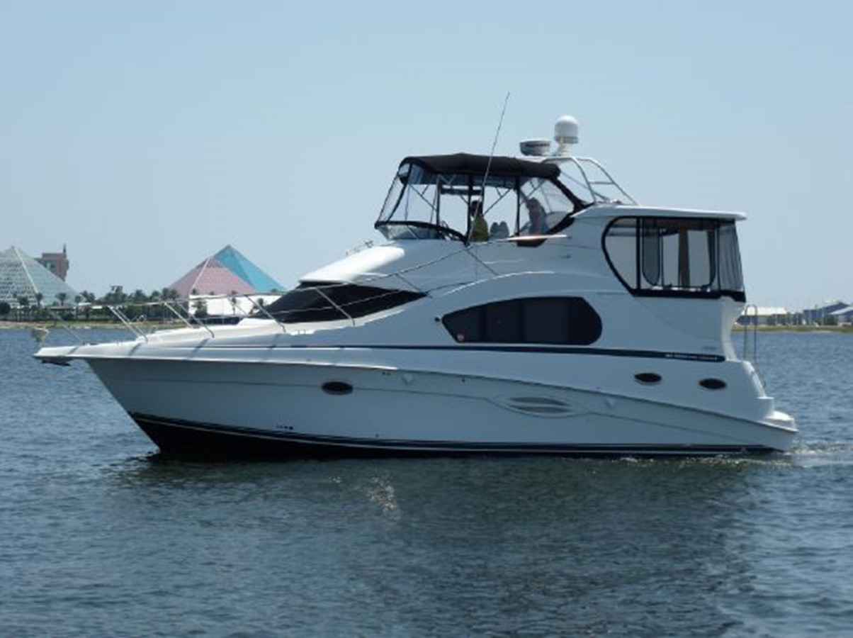 2004 SILVERTON 35 Aft Cabin Motor Yacht For Sale