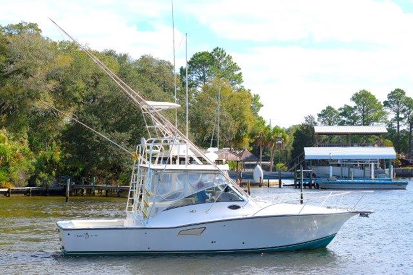2001 ALBEMARLE 32 Express For Sale