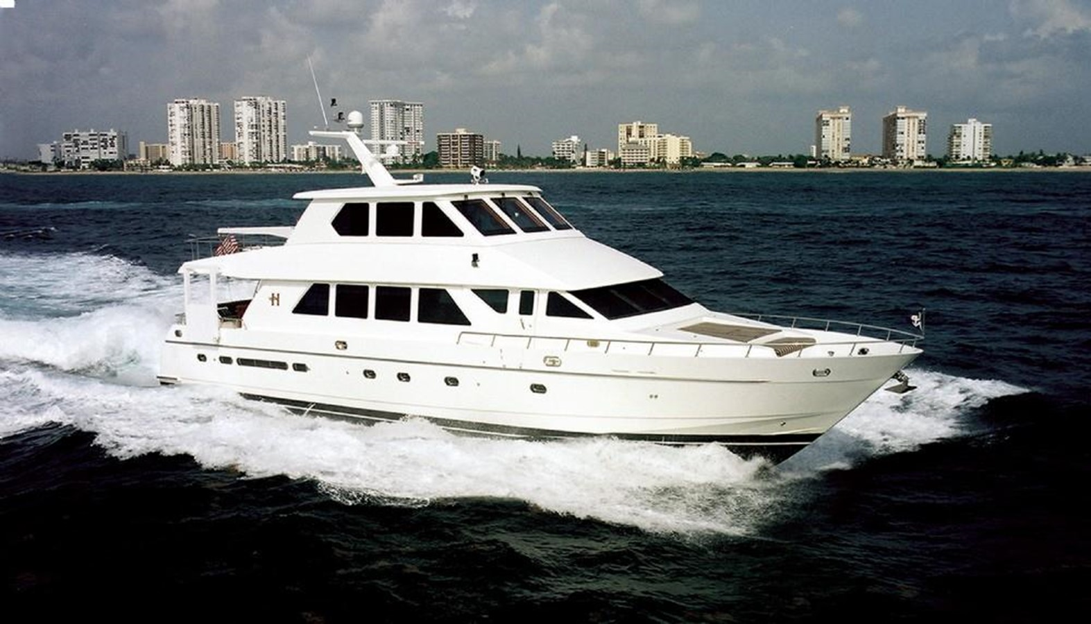 2003 HARGRAVE Sky Lounge For Sale