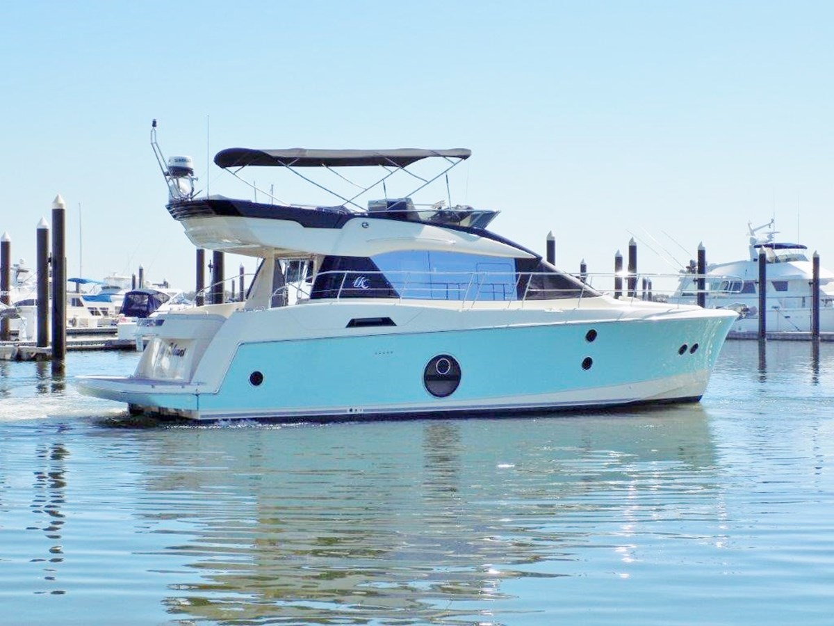 2015 MONTE CARLO YACHTS MC5 For Sale