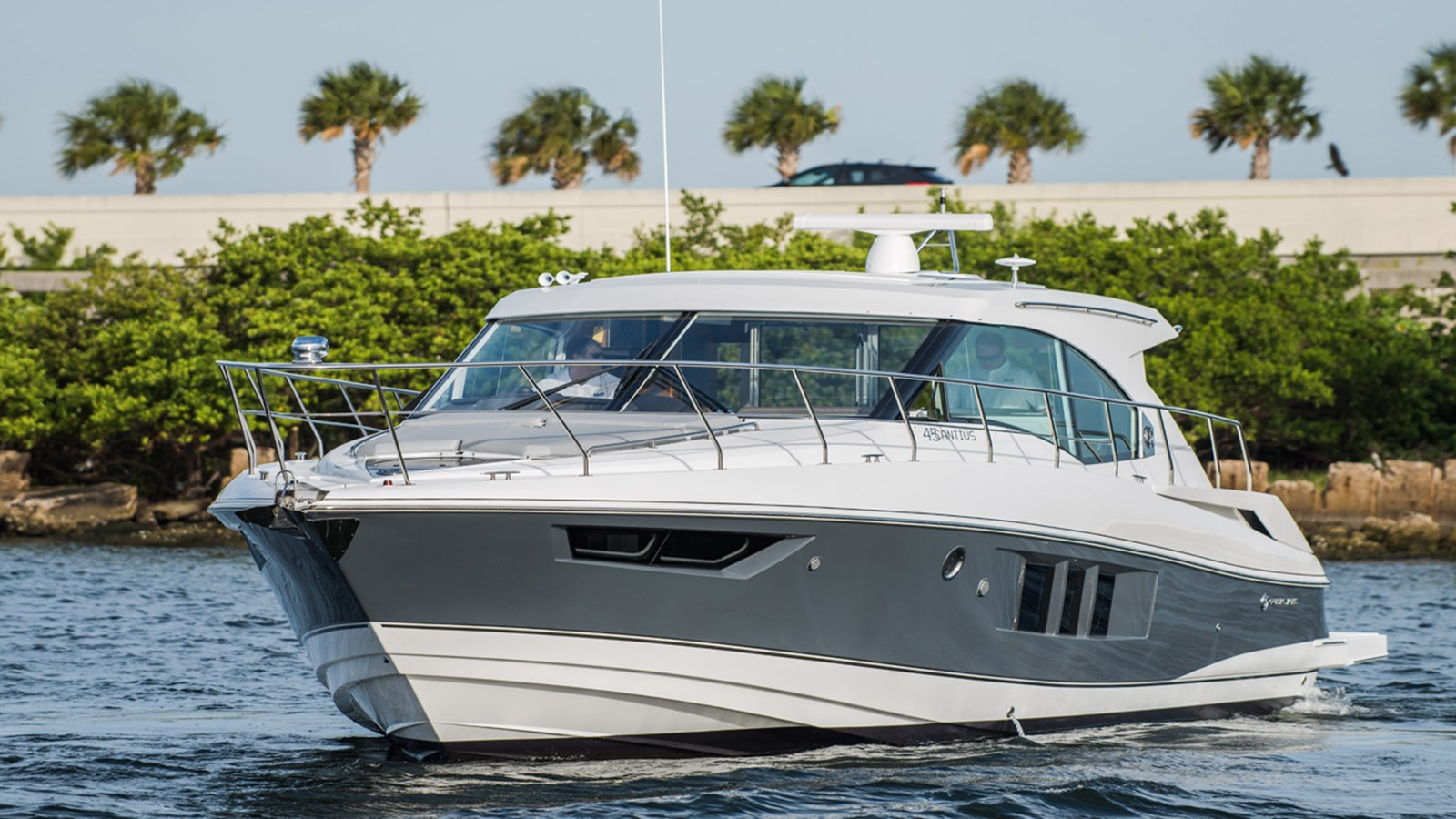 2017 CRUISERS 45 Cantius For Sale