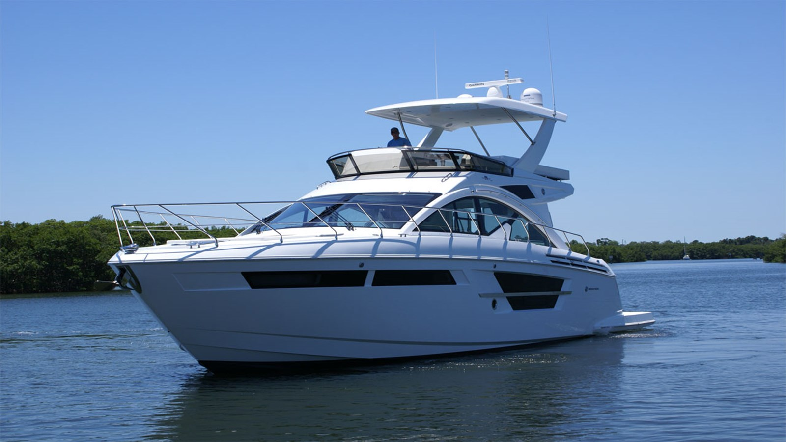 2017 CRUISERS 540 Flybridge For Sale