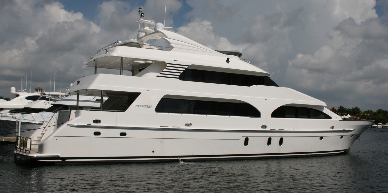 2008 PRESIDENT YACHTS Tri-deck For Sale
