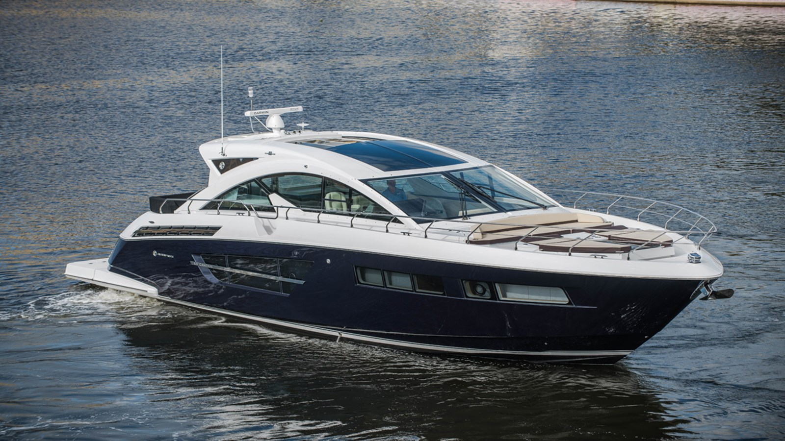 2017 CRUISERS 60 Cantius For Sale