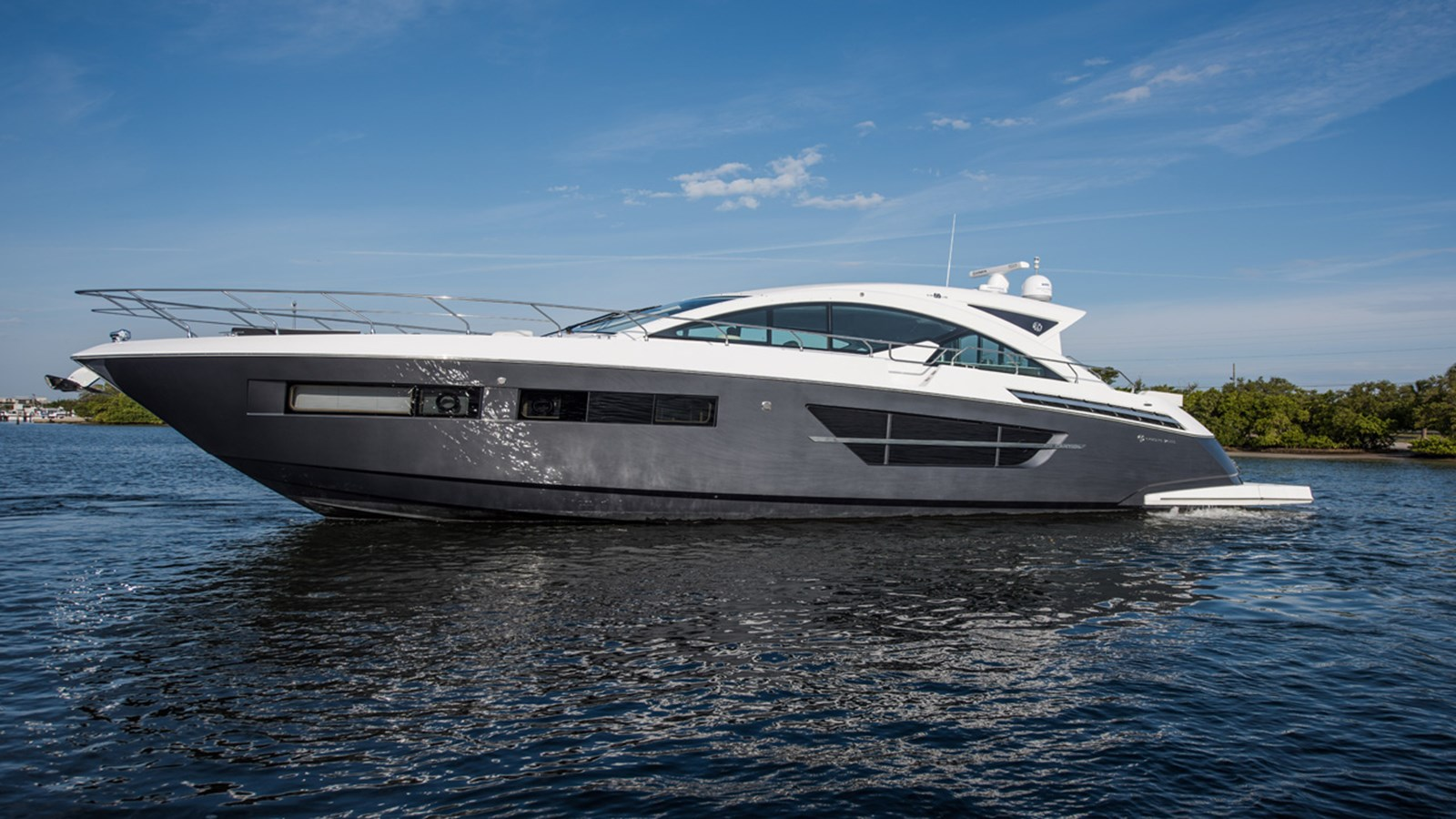 2016 Cruisers Yachts 60 Cantius For Sale