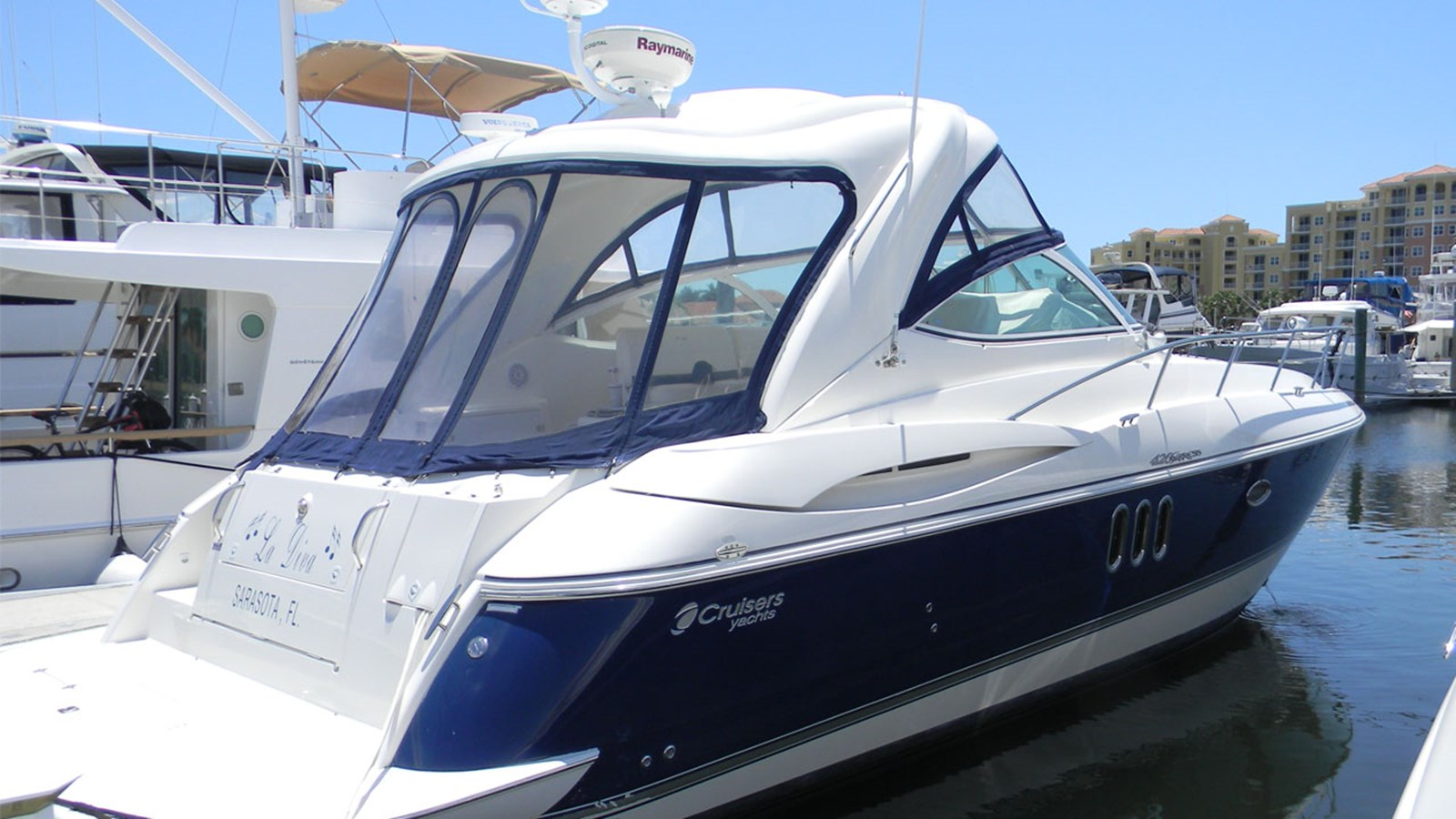 2006 CRUISERS 420 Express For Sale