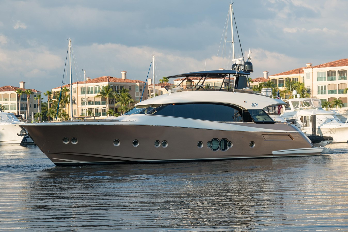 2012 Monte Carlo Yachts MCY 76 For Sale