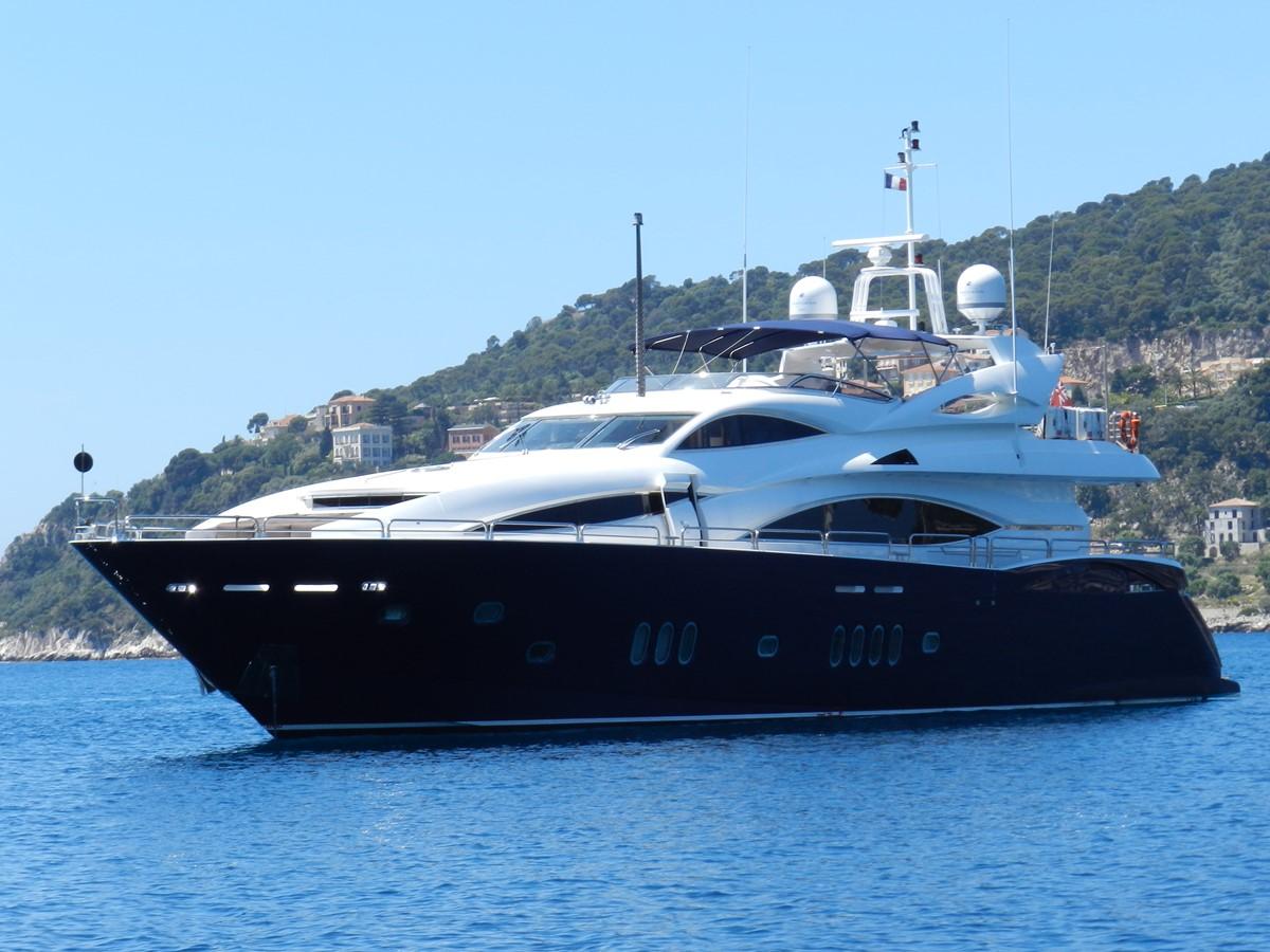 2004 SUNSEEKER 105 Yacht For Sale