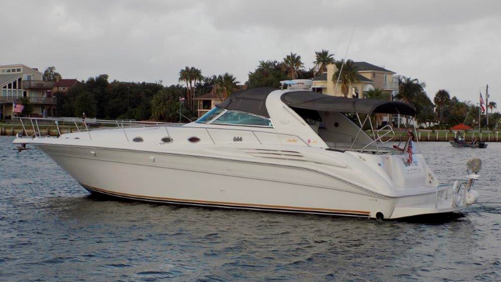 1995 SEA RAY 450 Sundancer For Sale
