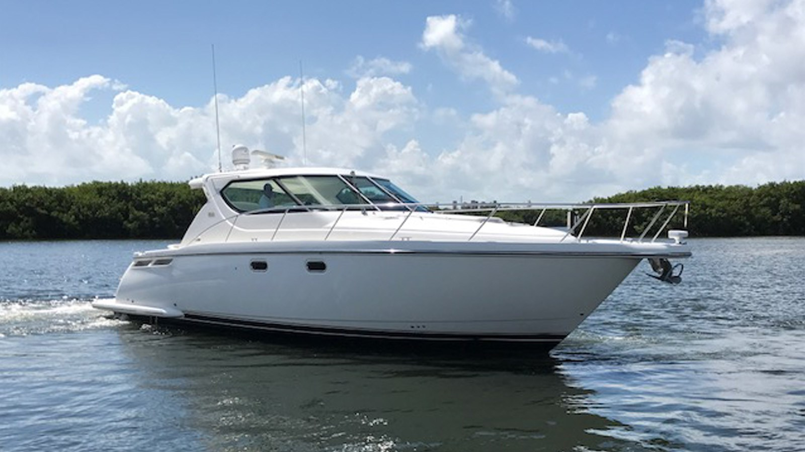 2006 TIARA 4300 Sovran For Sale