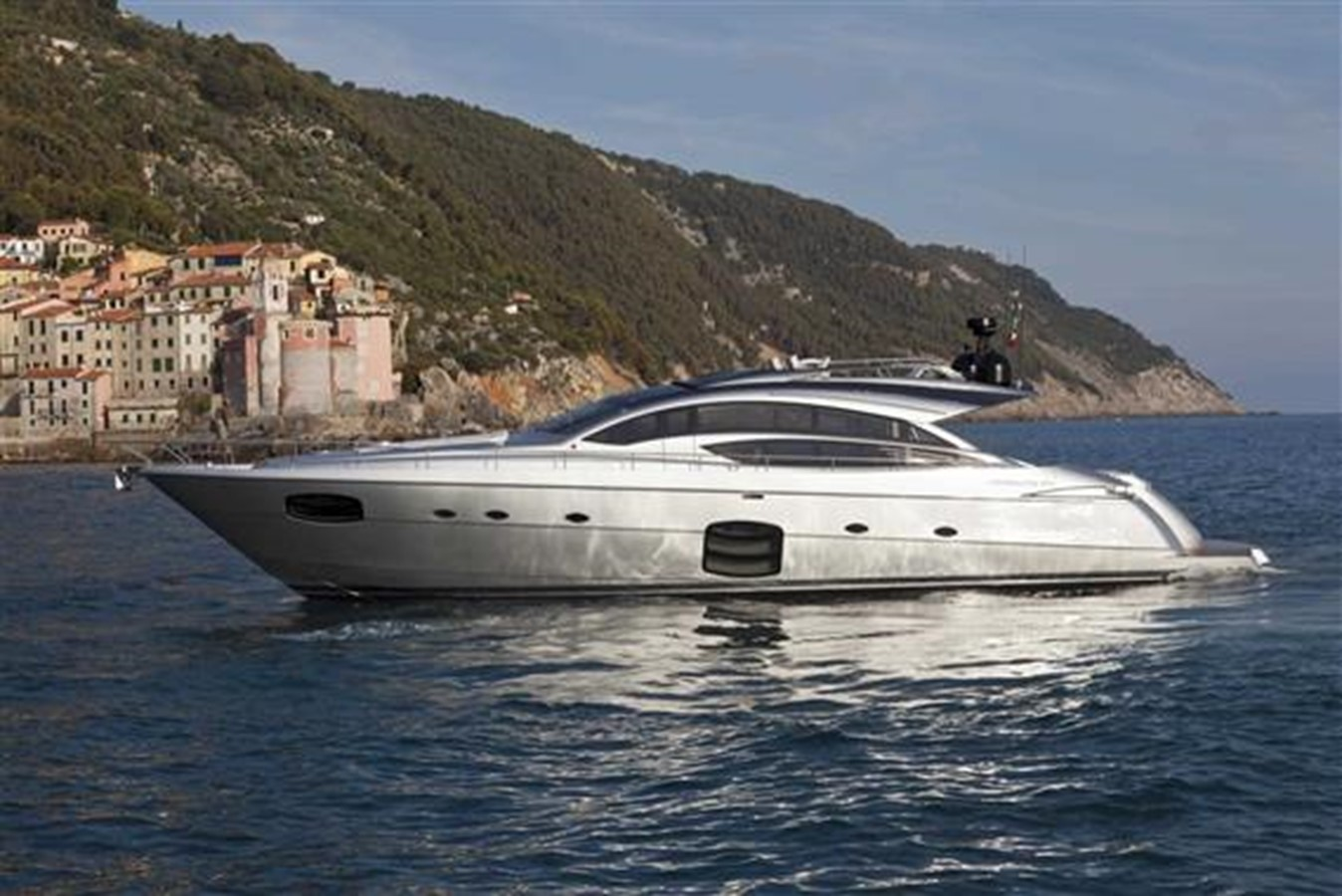 2016 Pershing 74' For Sale