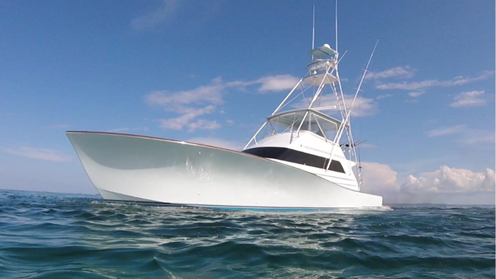 1990 58 39 monterey sportfish yacht for sale the hull for Monterey sport fishing