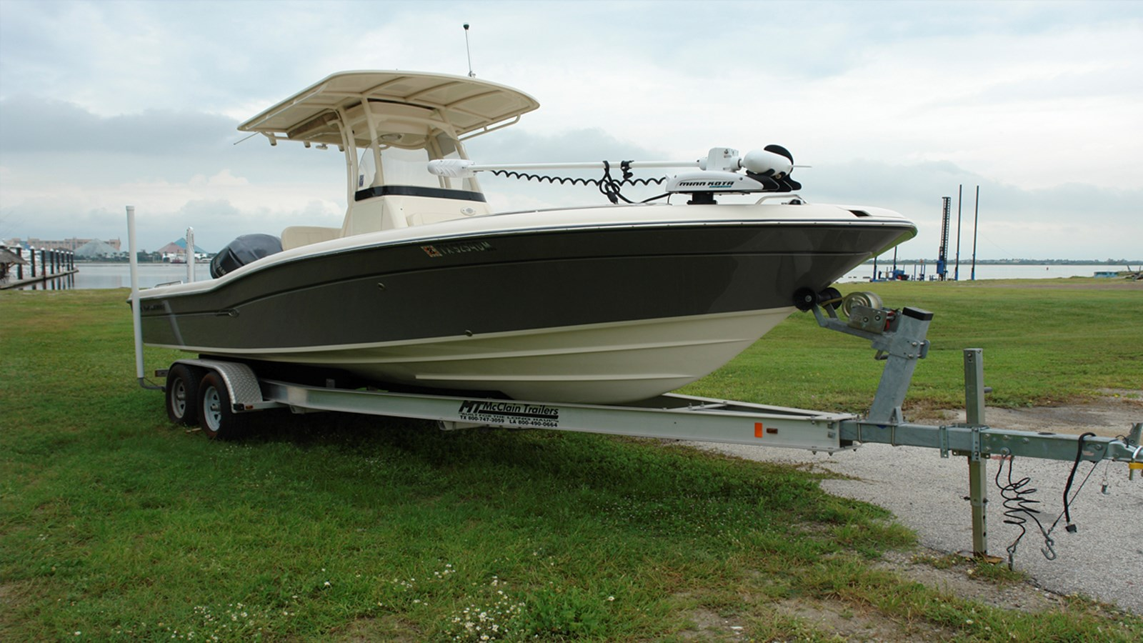 2016 GRADY WHITE 251 CE For Sale