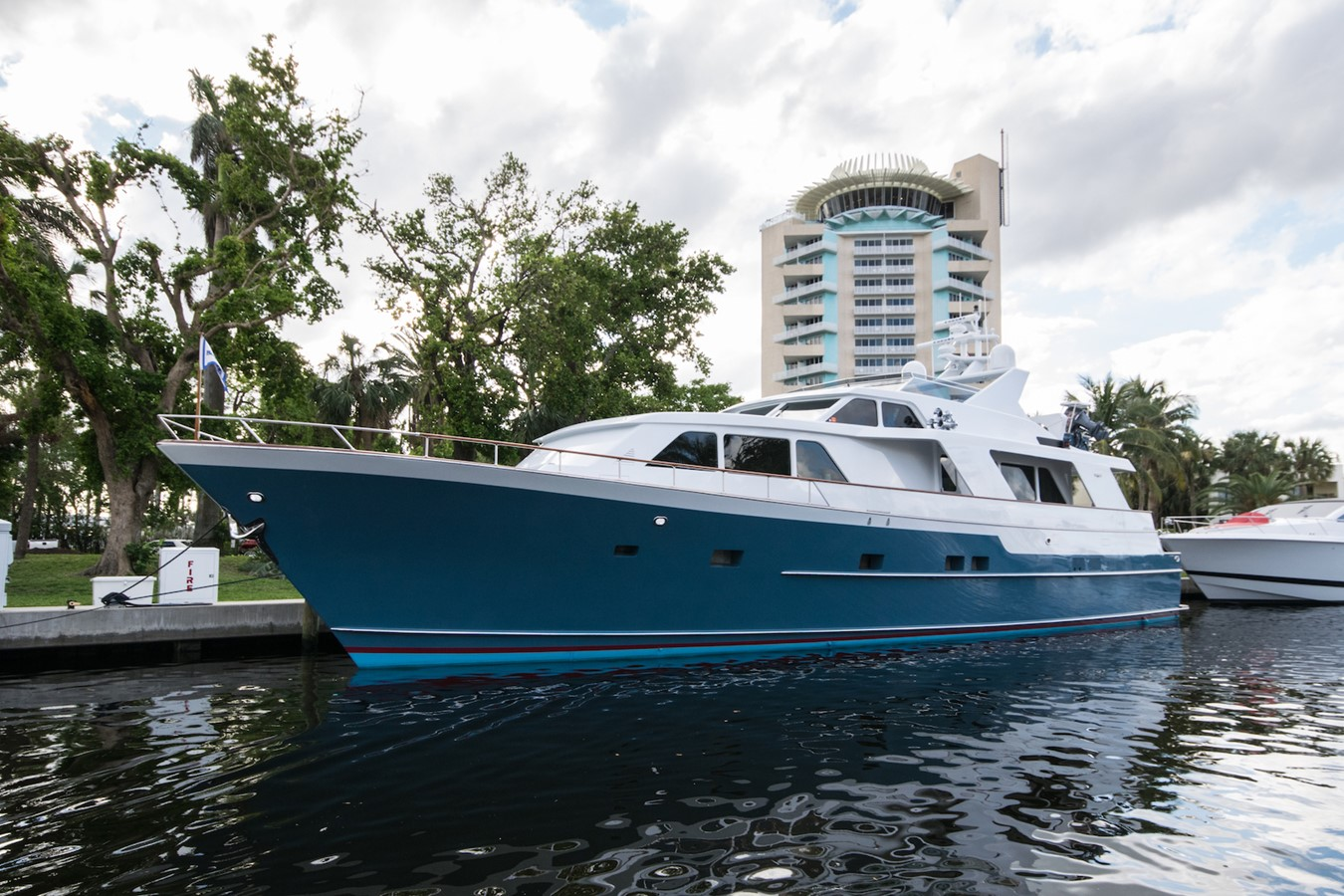 1989 BURGER Raised Pilothouse For Sale