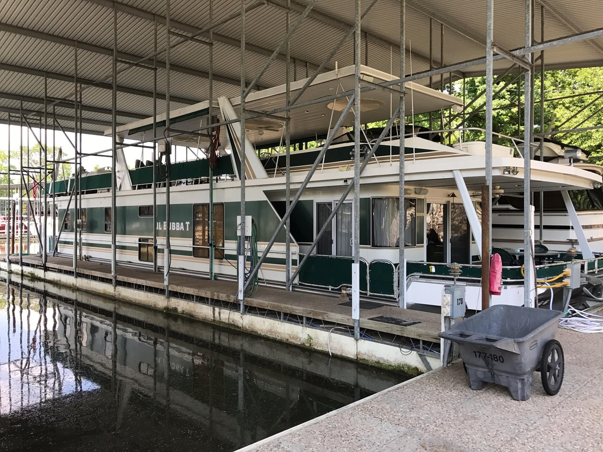 2005 Stardust Cruisers 80 x 18 Houseboat For Sale