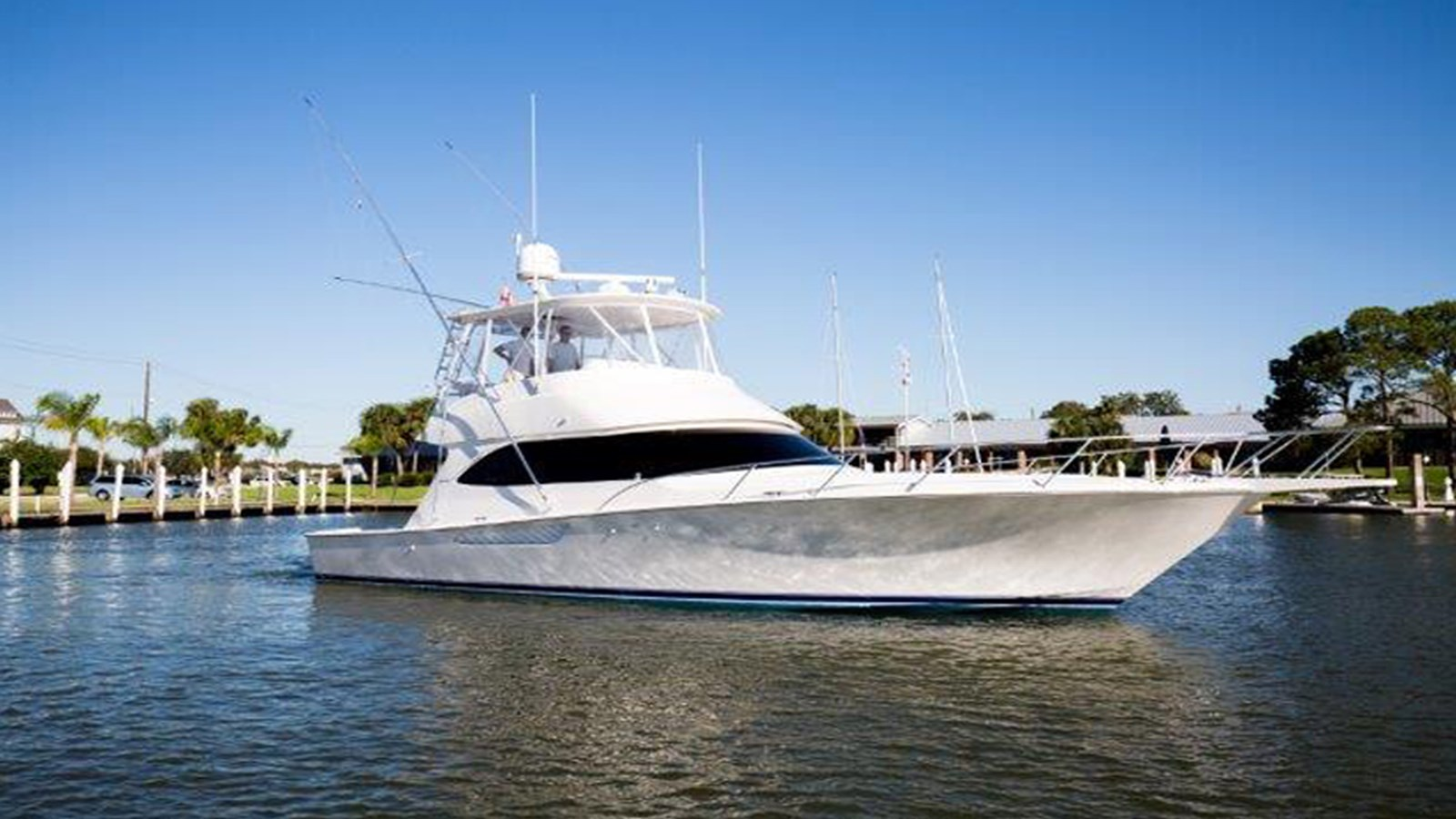 2016 VIKING 46 Convertible For Sale