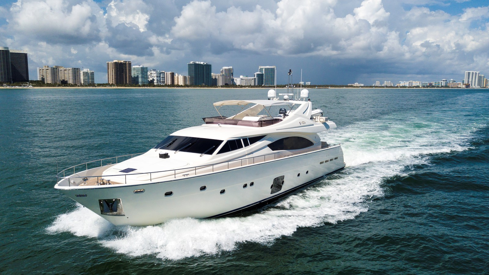 2008 FERRETTI 881 For Sale