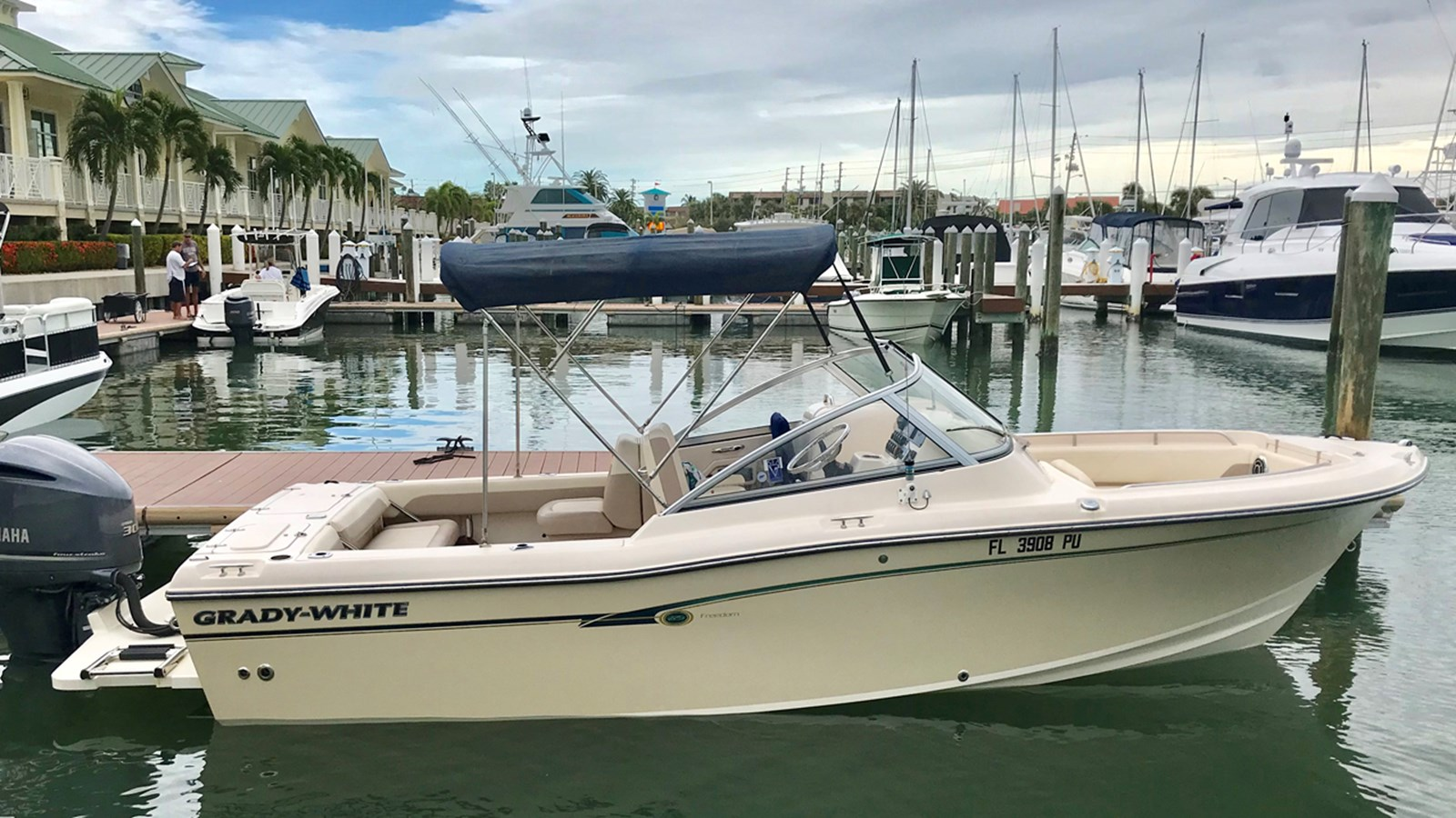 2014 GRADY WHITE 225 Freedom For Sale