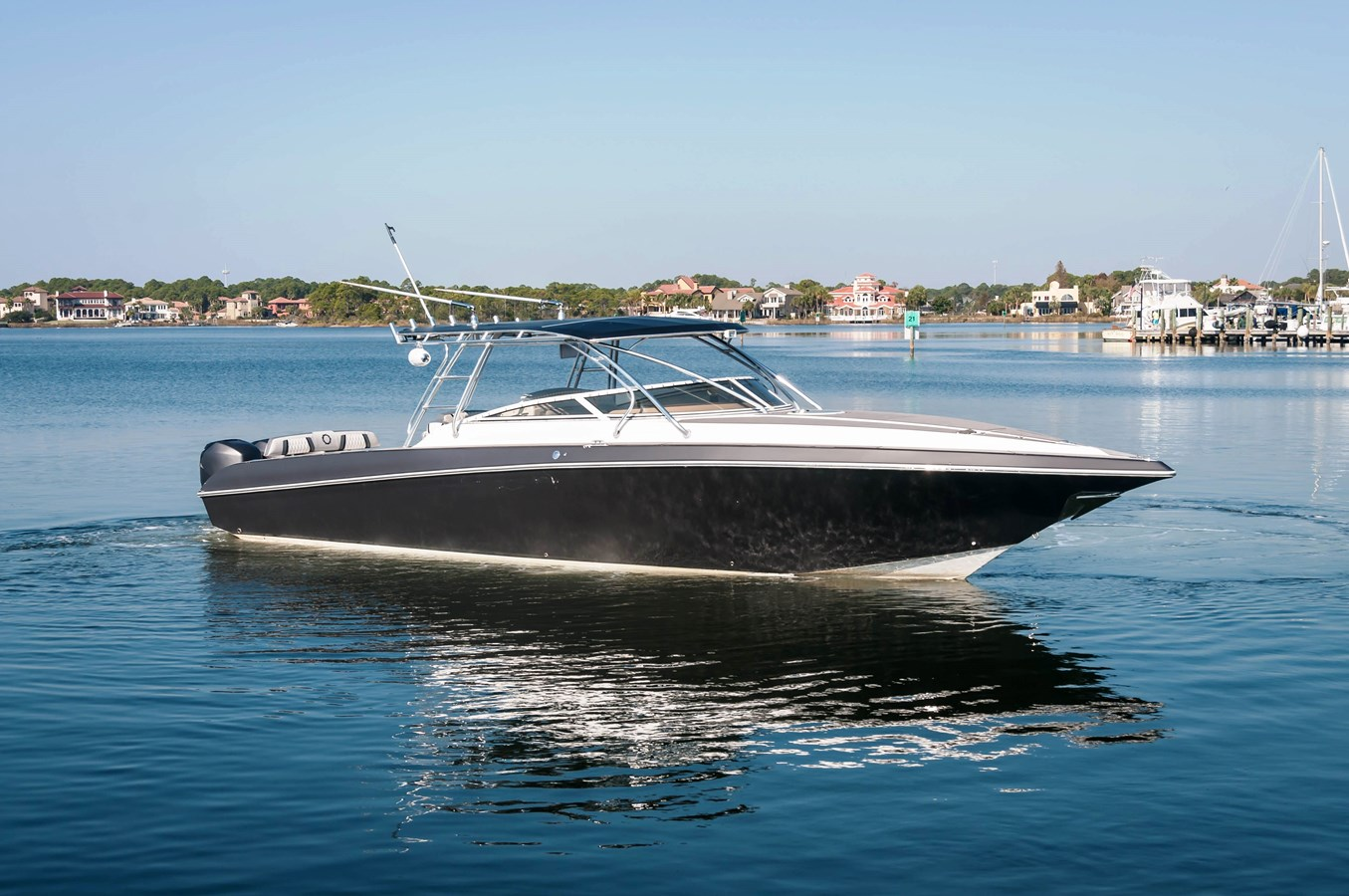 2006 FOUNTAIN 38 LX For Sale