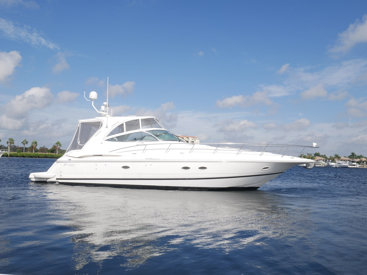 2005 CRUISERS 460 Express For Sale