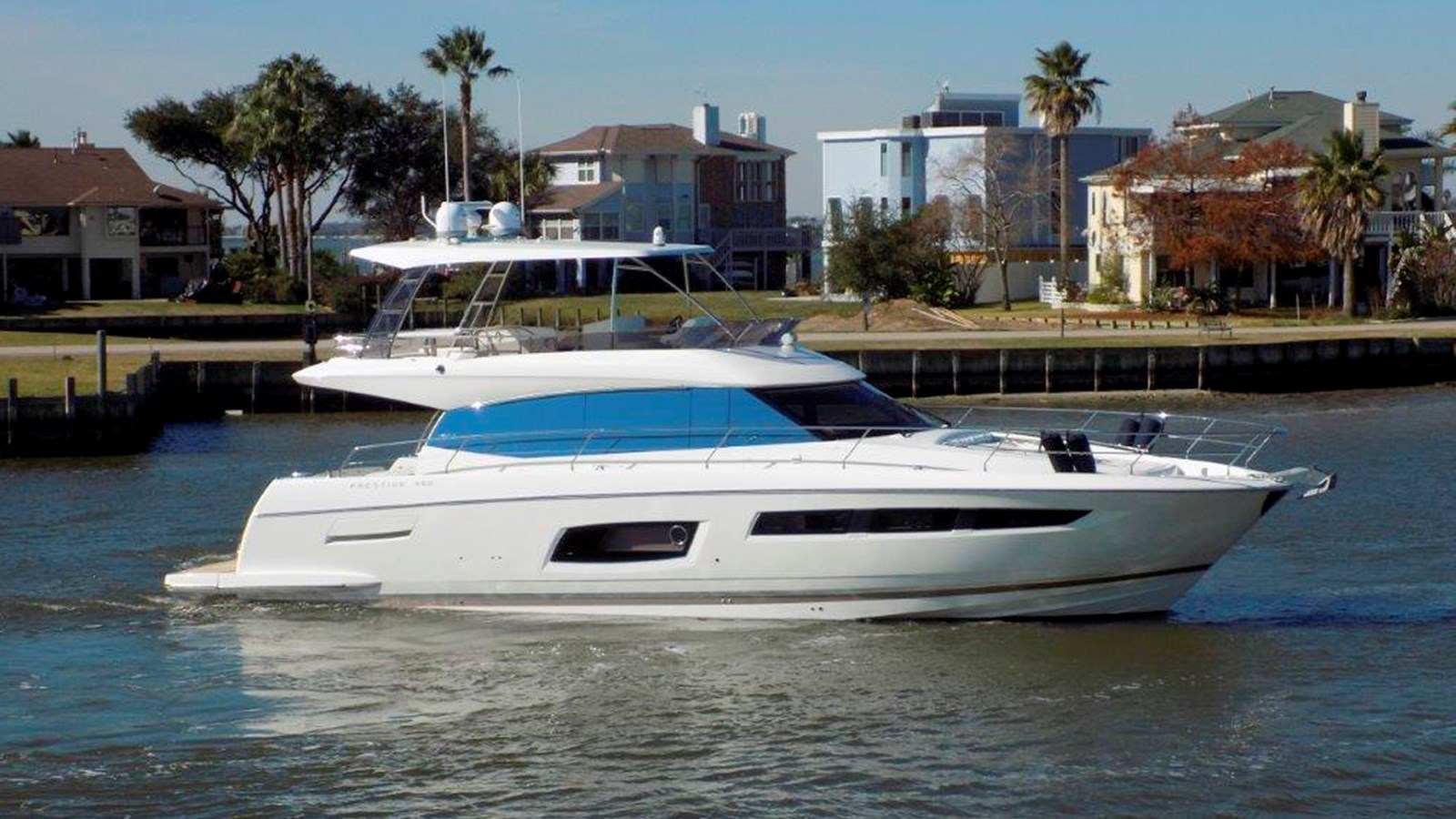 2015 PRESTIGE 550 Flybridge For Sale