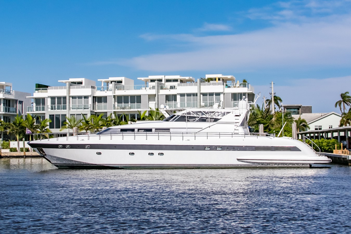 1995 Mangusta Express Motor Yacht For Sale