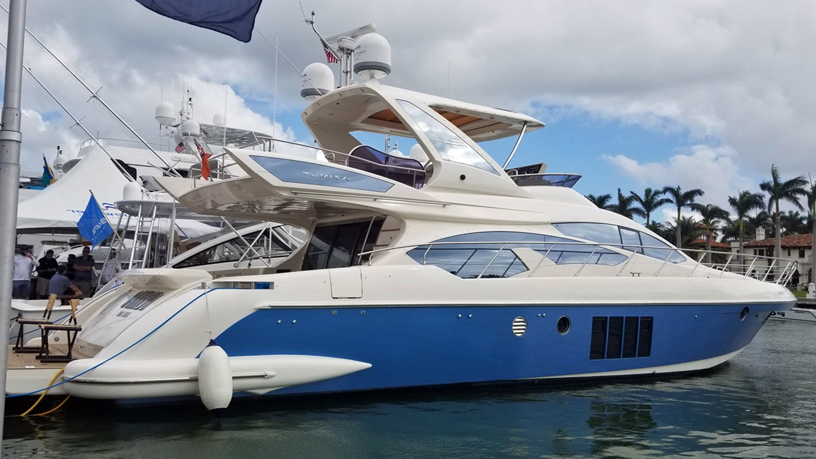 2012 AZIMUT 64 Flybridge For Sale