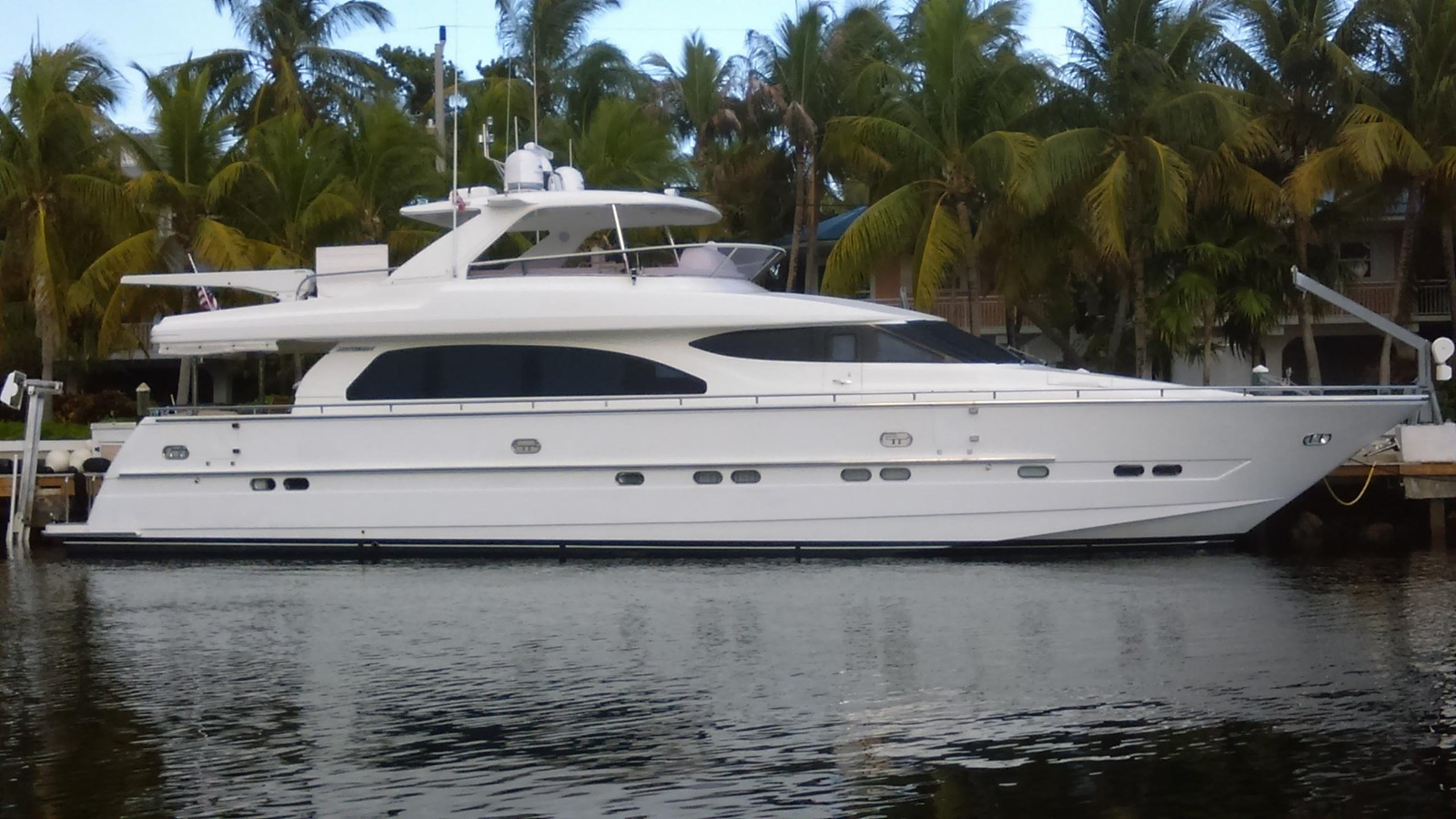 2005 Horizon 76' Open Flybridge For Sale