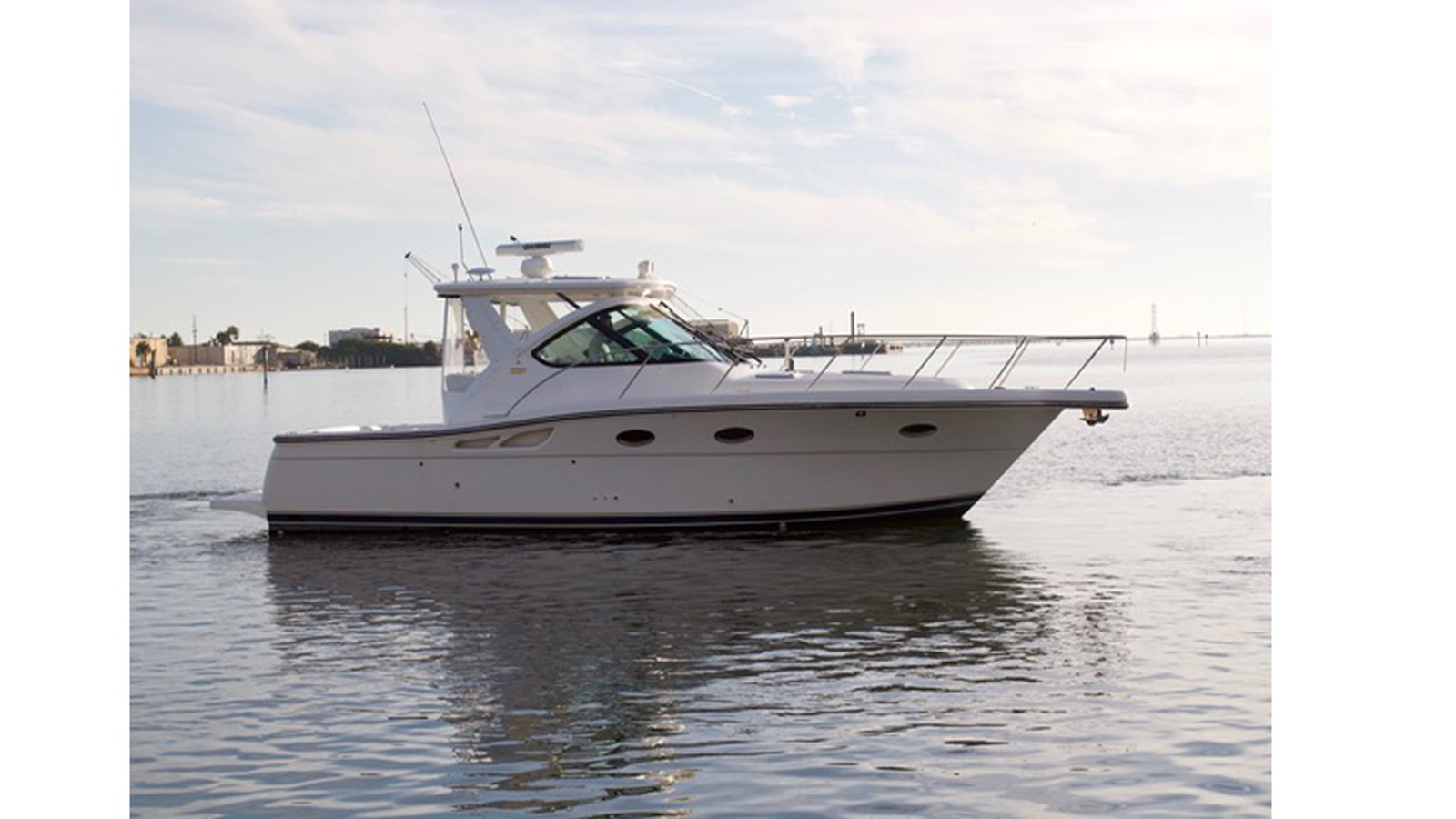2004 TIARA 3200 Open For Sale