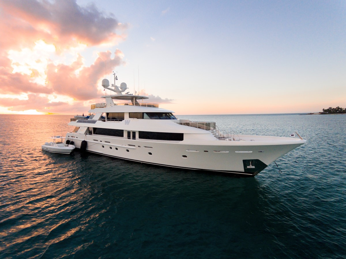 2013 WESTPORT Tri-Deck Motoryachts For Sale