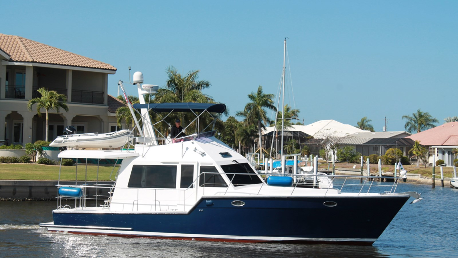 2008 ISLAND PILOT 435 Crossover Trawler For Sale