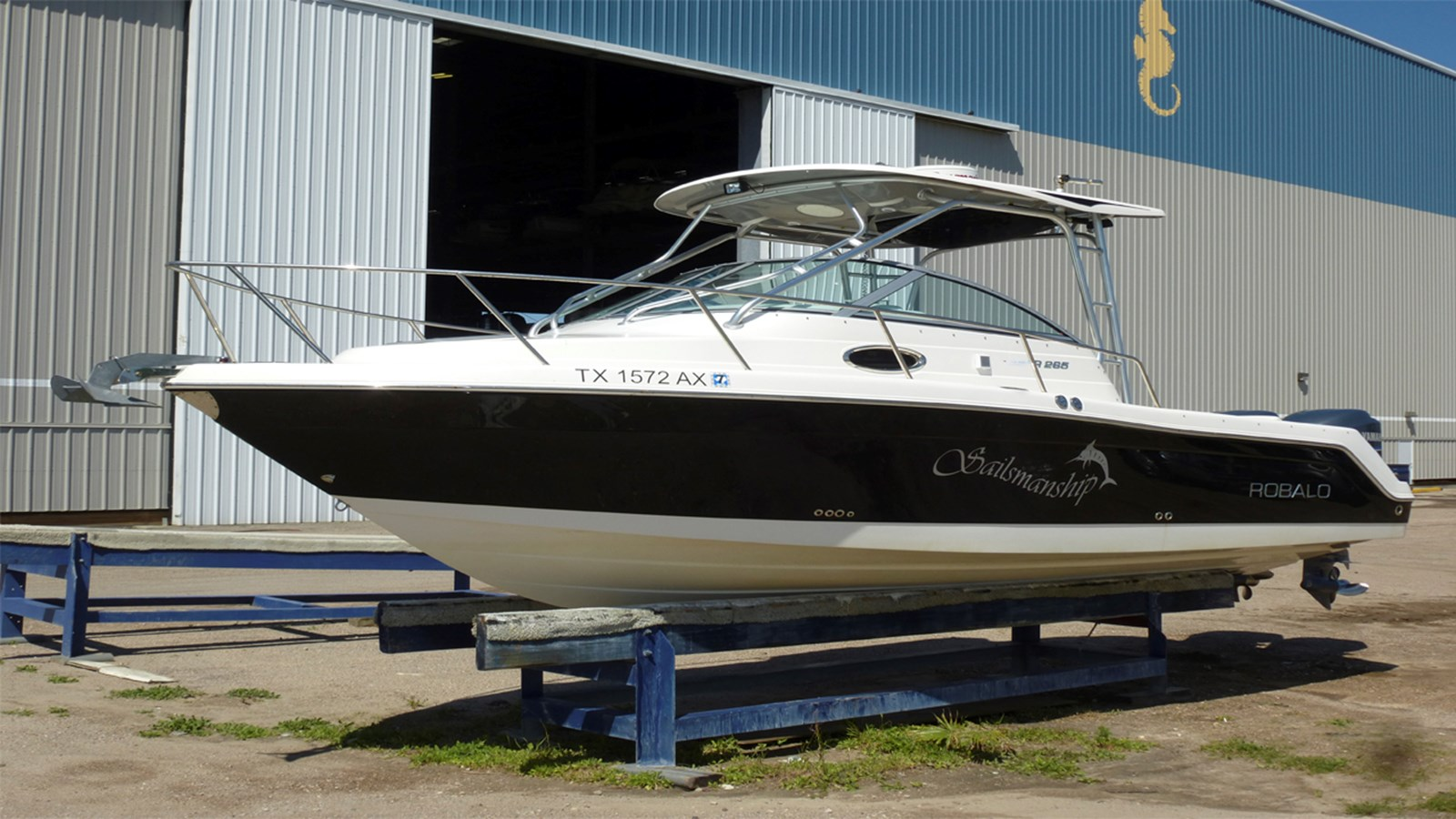 2009 ROBALO 265 Walkaround For Sale