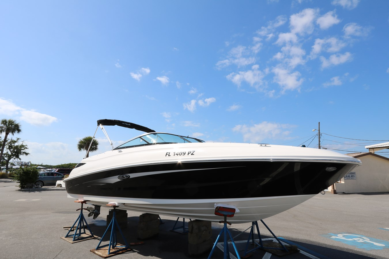 2015 SEA RAY 24 Sundeck For Sale