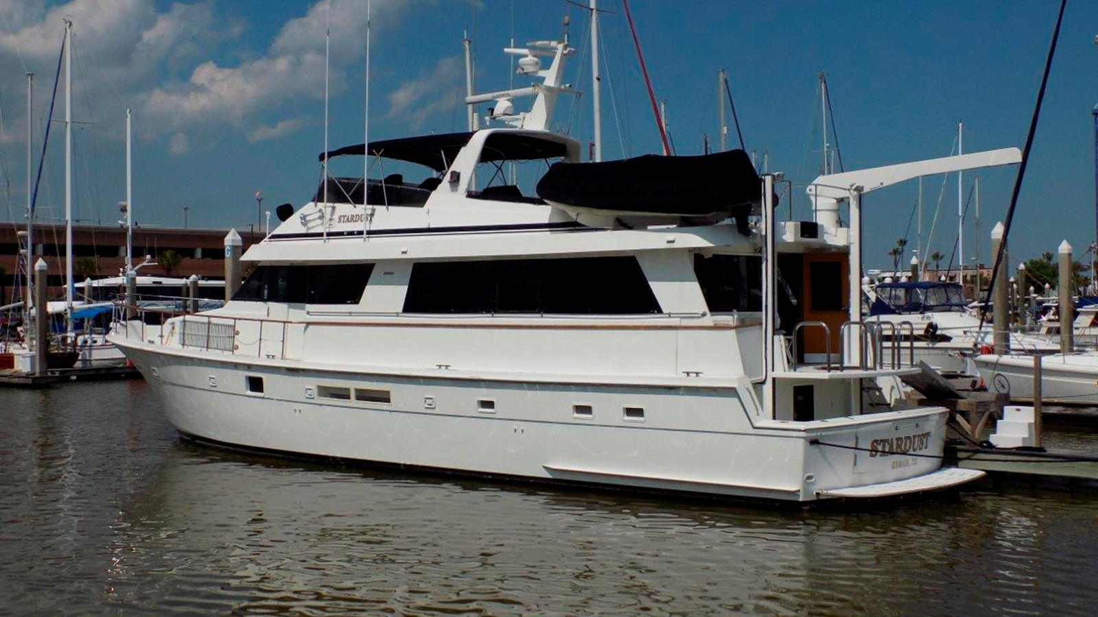 1988 HATTERAS 70 Motor Yacht For Sale