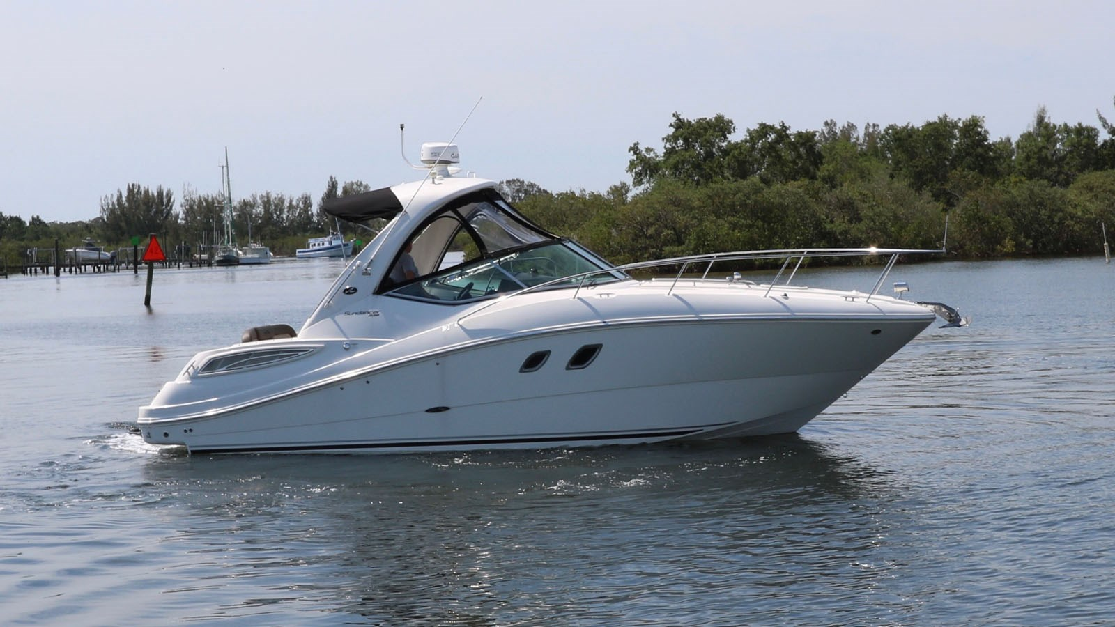 2014 SEA RAY 330 Sundancer For Sale